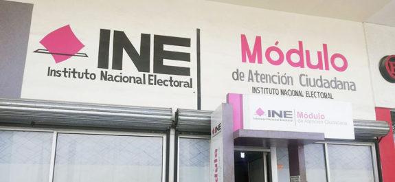 INE remite a la FEDE y SAT expedientes de irregularidades de partidos