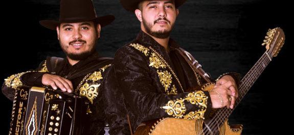 P1- Carlos y José JR han logrado mantenerse en el gusto del público gracias a que conservan su estilo tradicional norteño.