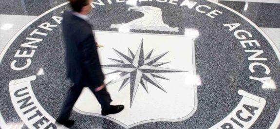 Exagentes de Inteligencia de EEUU admiten haber espiado para EAU