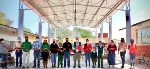 En esta administración se aplicaron más de 23.7 mdp en infraestructura educativa en Villa de Arista: JRD