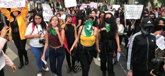 Despenalizar el aborto debe consultarse con la ciudadanía, coindicen diputadas