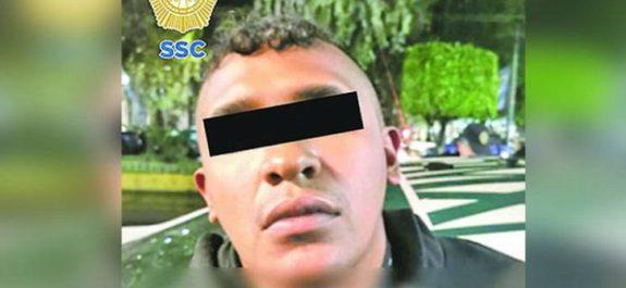 Atoran a narcomenudista con droga y arma; lo acusan de balear a tres en Azcapo