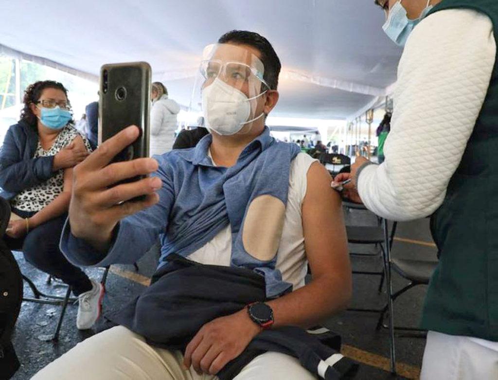 COVID-19 en México: suman 11,808  nuevos casos y 748 muertes adicionales