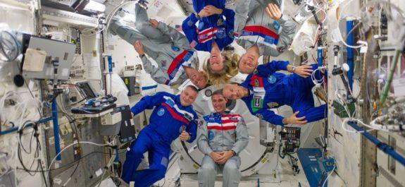 Estación Espacial Internacional daños
