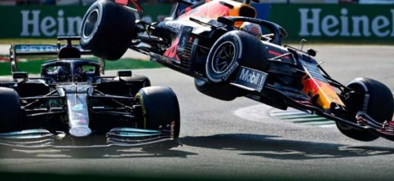 Verstappen, sancionado con tres puestos para el GP de Rusia