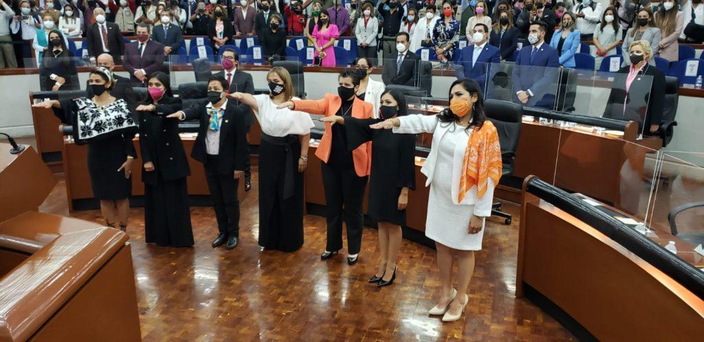 Rinden protesta nuevos diputados de SLP