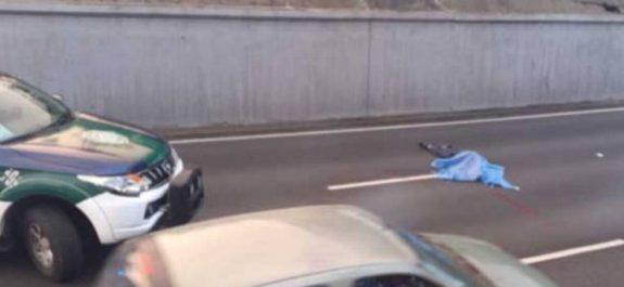 Muere hombre sobre carriles del Viaducto; al parecer se suicidó