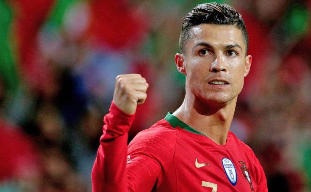 Cristiano Ronaldo superó a Lionel Messi como el jugador mejor pagado del mundo