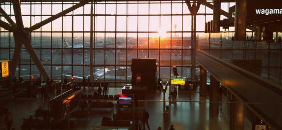 Paraliza aeropuerto