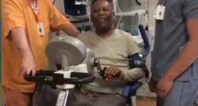 Pelé pedaleando