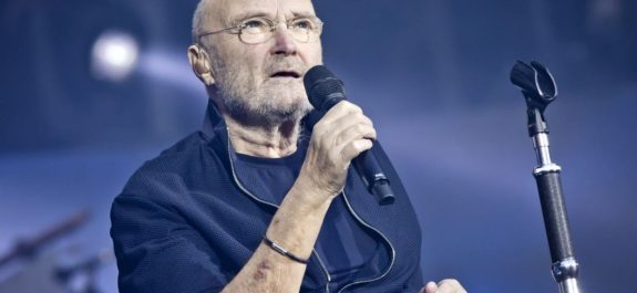 Phil Collins Performs In Berlin