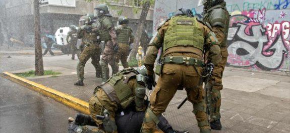 Piñera moviliza militares al sur chileno para reprimir a los mapuche