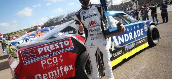 Asegura Noel León cima de NASCAR Challenge al repetir podio en Aguascalientes