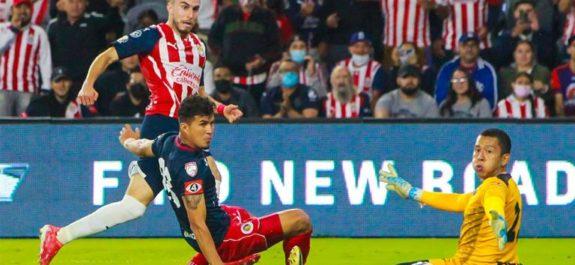 Chivas con Leaño como DT, suma más de 300 minutos sin anotar gol