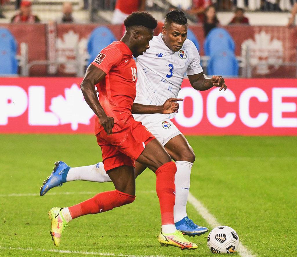 Canadá aplastó 4-1 a Panamá en las Eliminatorias