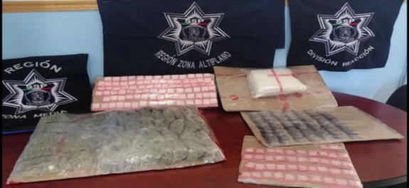 Traía 335 dosis de droga un tipo, fue detenido