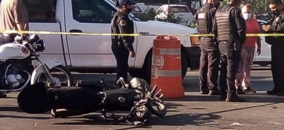 Motociclista muere